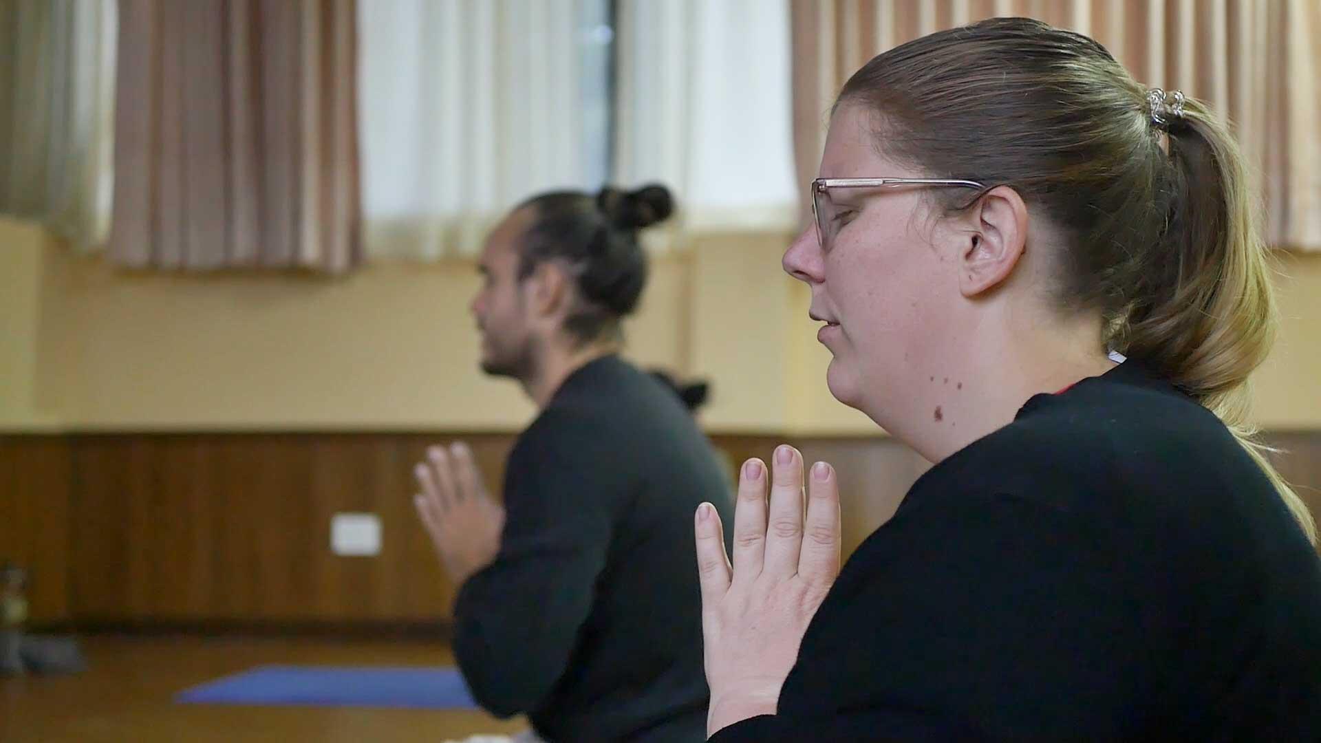 yoga-or-yogaa
